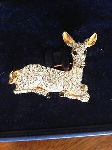 Swarovski-Figural-Rhinestone-Crystal-Deer-Pr-Doe-Brooch-Pin-In-Box-NR-B
