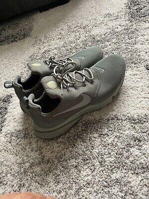 Mens Nike Khaki Green Prestos (Size 9)