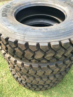 11R22.5 Drive Tyres