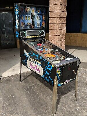 Addams Family Pinball Machine - Works Great