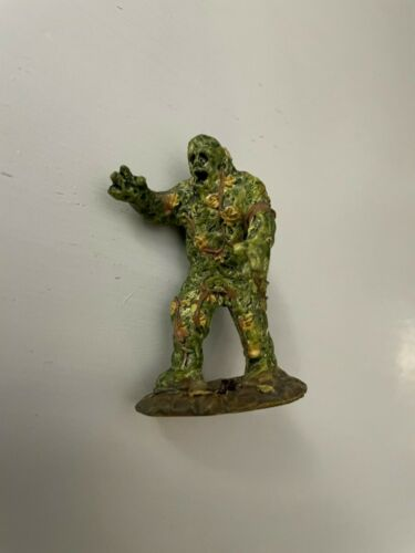 *RARE* Lemax Spooky Town #72364 The Swamp Monster Accessory Figure! L@@K