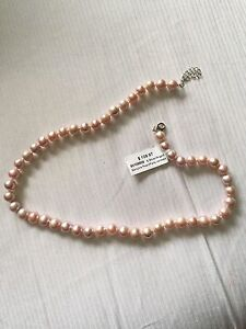 Pink pearl necklace - brand new with tags