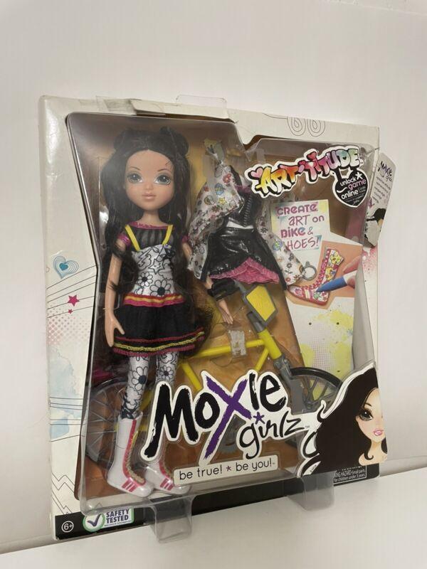 Moxie Girlz Lexa Artitude Collectible Create Art Doll New In Box First Edition