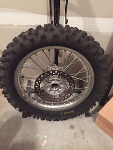 """CRF 450 R rim and tire """"18"""