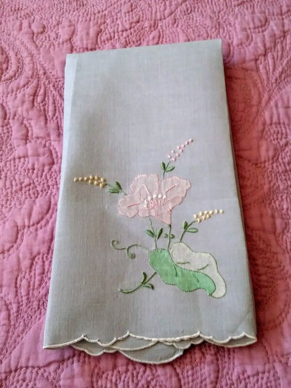 """Gorgeous Light Blue Madeira Applique & Embroidered Linen Hand Towel 18.5"""" by 13"""""""