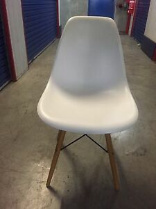 8 Replica Eames Chairs Bowen Hills Brisbane North East Preview