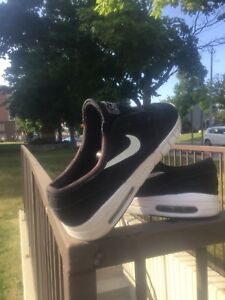 NIKE air, SNEAKERS, running SHOES, size:8.5