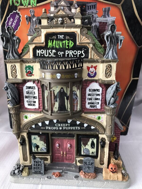 Lemax Spooky Town The Haunted House Of Props 2018 Porcelain Lighted Building