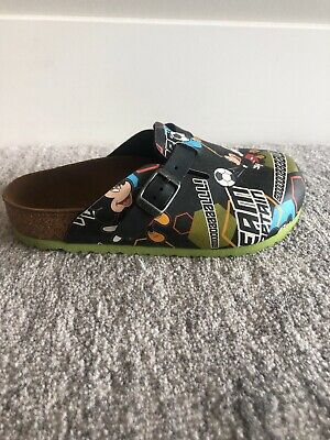 Birkenstock Disney Mickey Mouse Soccer Youth Boys Girls Sandals Shoes size 30