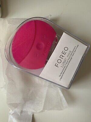 FOREO Luna Mini 2 Fuchsia Facial Cleansing Device