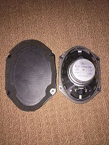 2015 Ford F-150 Stock speakers (3)