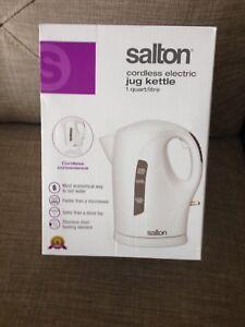 Salton electric kettle