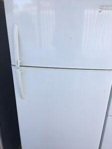Free delivery.Kavinater fridge 520L