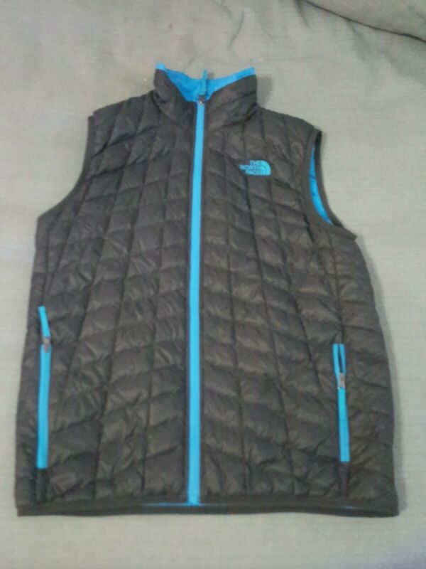 The North Face Boys Large Black Buffer Vest