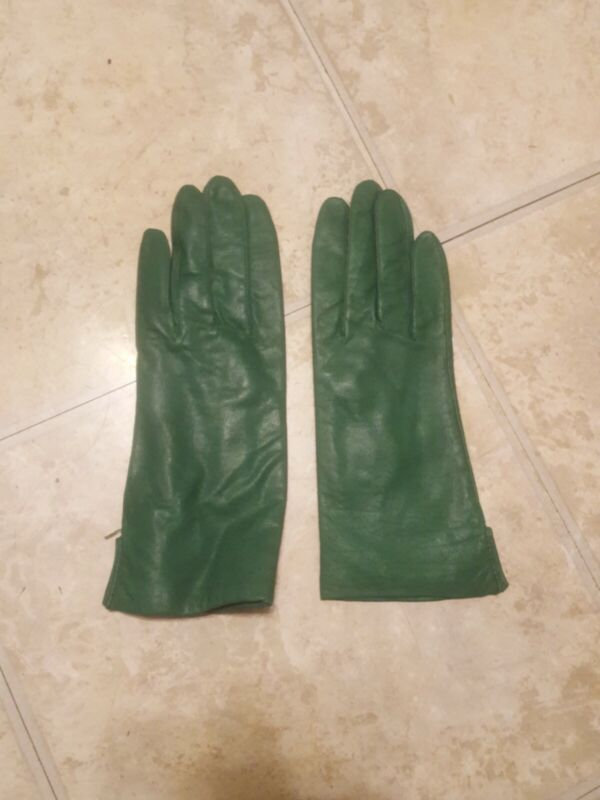 Fine Green Leather Woman