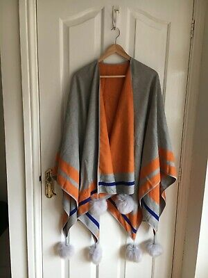 JAYLEY silk and cashmere Poncho /cape one size double sided orange grey pompoms