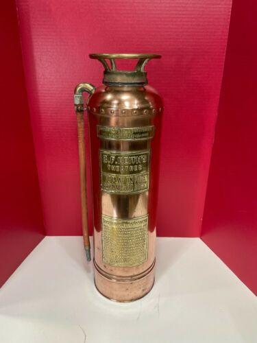 ANTIQUE COPPER UNDERWRITERS LABORATORIES 2 1/2 GAL. FIRE EXTINGUISHER (EMPTY)