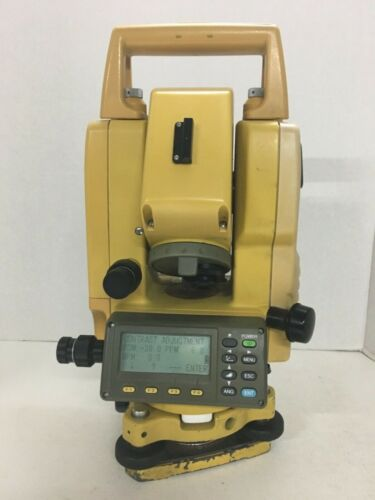 TOPCON GPT 3003W TOTAL STATION