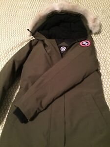 e531f0f027de ... cheap brand new canada goose womens victoria parka amazing deal 9c6b8  aaade