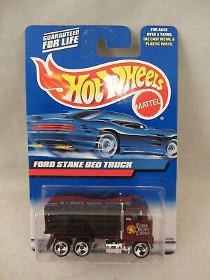 Hot Wheels   2000-191  Ford Stake Bed Truck   NOC  1:64 scale  (1017)  25383