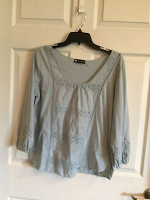 Valerie Bertinelli  Estimate To Be A Womans Size Large  Light Blue  Blouse