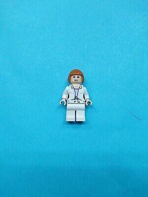 Lego Jurassic World Minifigure Claire (Claire Dearing) 75917!