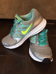 Girls Nike size 4 running shoes