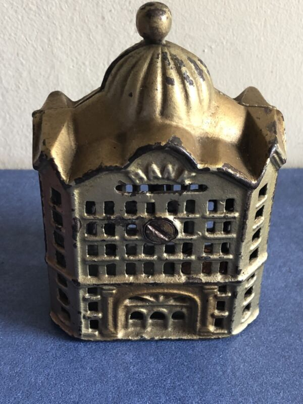 Antique American Cust Iron Money Bank, Circa 1900