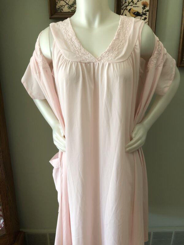 Vintage Danni Pink Nightgown And Robe Medium.