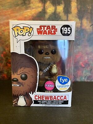 Funko POP Star Wars Chewbacca 195 (Flocked) - FYE Exclusive