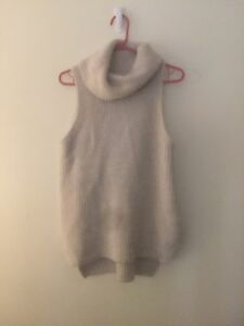 FOREVER NEW SIZE SMALL TURTLENECK KNIT Blackburn Whitehorse Area Preview