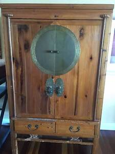 Beautiful Chinese Antique Wedding Cabinet Belmont Lake Macquarie Area Preview