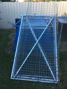 Gates approximately 1800ml high x 1500 wide Tumut Tumut Area Preview