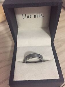 Men's size 9.5 tungsten ring