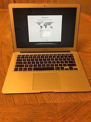 """Apple MacBook Air 13.3"""" Sierra - MD761LL/A 1.3GHz i5 128GBHD 4GB RAM"""