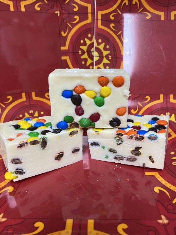 M&M White Chocolate Fudge 1/2 Pound