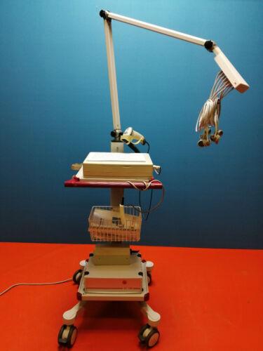 Schiller AT-10PLUS EKG 12 Kanal Gerät mit LCD Display  Strässle DT100 Sauganlage