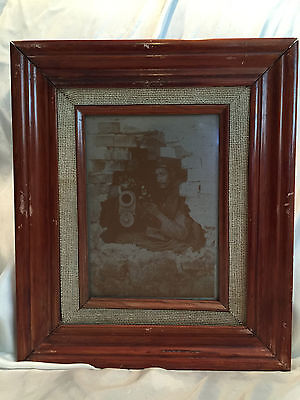 VINTAGE FRAMED PHOTO ON ALUMINUM PRINT PLATE SHEET OF SOLDIERS IN WALL MEX REV