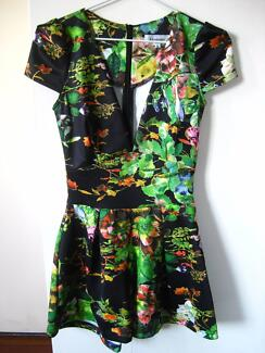 Jungle design Playsuit size 8 Durack Brisbane South West Preview