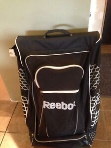 Reebok Rolling Hockey Bag