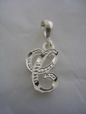 (LETTER C INITIAL PENDANT CHARM WITH A DIAMOND CUT FINISH IN STERLING SILVER)