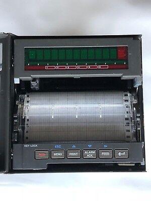 Yokogawa Ur10000 Model 436102 Chart Recorder