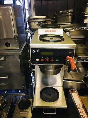 Curtis Automatic Coffeetea Brewer With 3 Warmers Hot Water Tap A