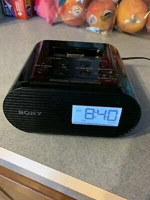 Sony ICF-C05IP 30 Pin iPhone iPod Clock Radio Alarm Speaker Dock Black MP3
