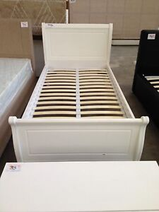King single sleigh bed lot 795a St Marys Penrith Area Preview