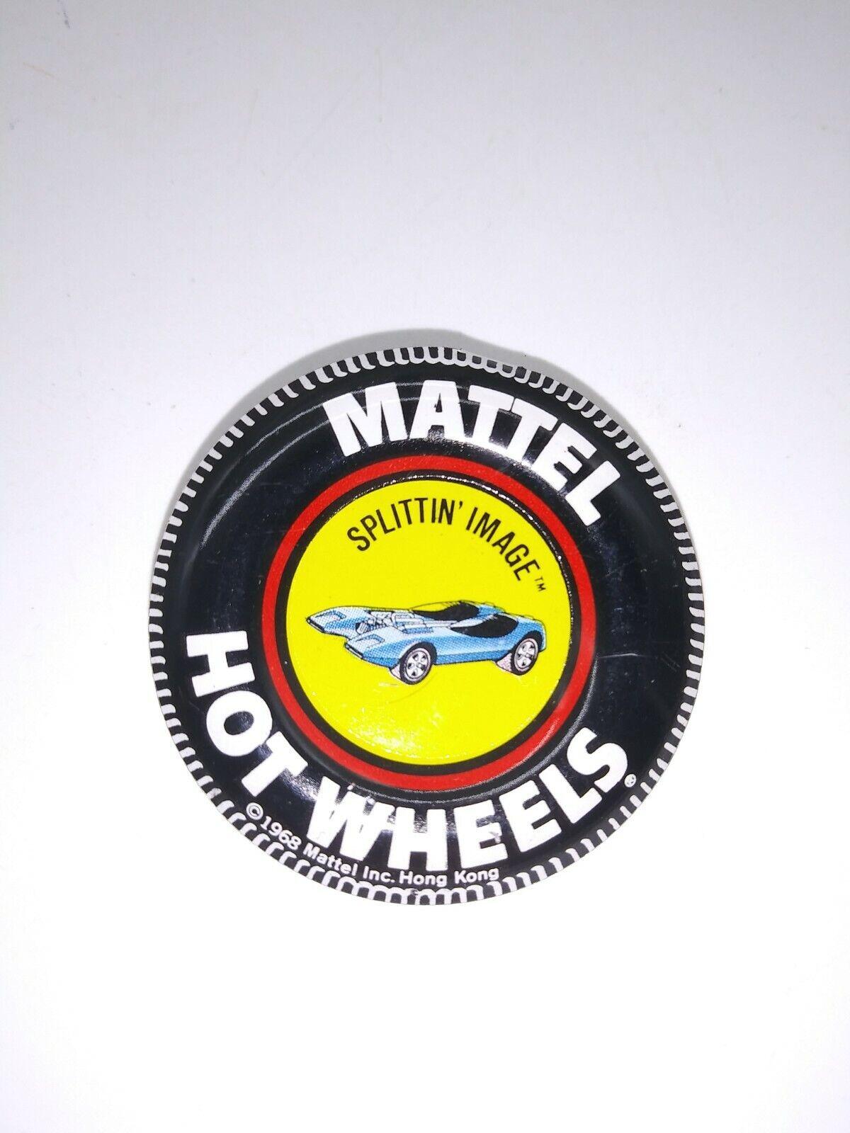 Vintage Mattel HOT WHEELS Redline Original Button 1968 Splittin Image - $6.99