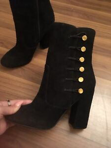 Brand new Guess boots in 7
