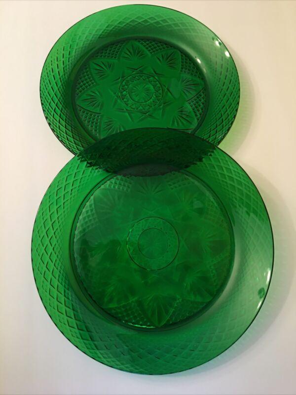 CRISTAL D'ARQUES DURAND ANTIQUE EMERALD DINNER PLATES SET OF 2 GREEN GLASS PLATE