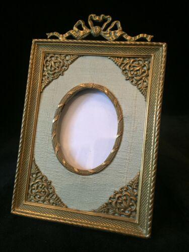 Fine Gilt Dore Bronze French Antique Photo Picture Frame Green Silk Matting