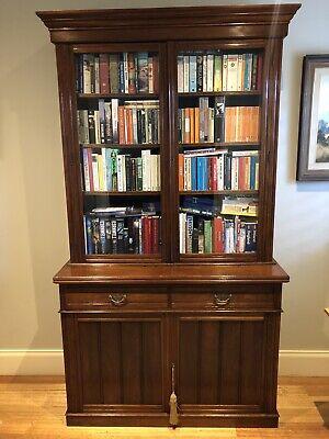 Late Victorian Bookcase in Walnut